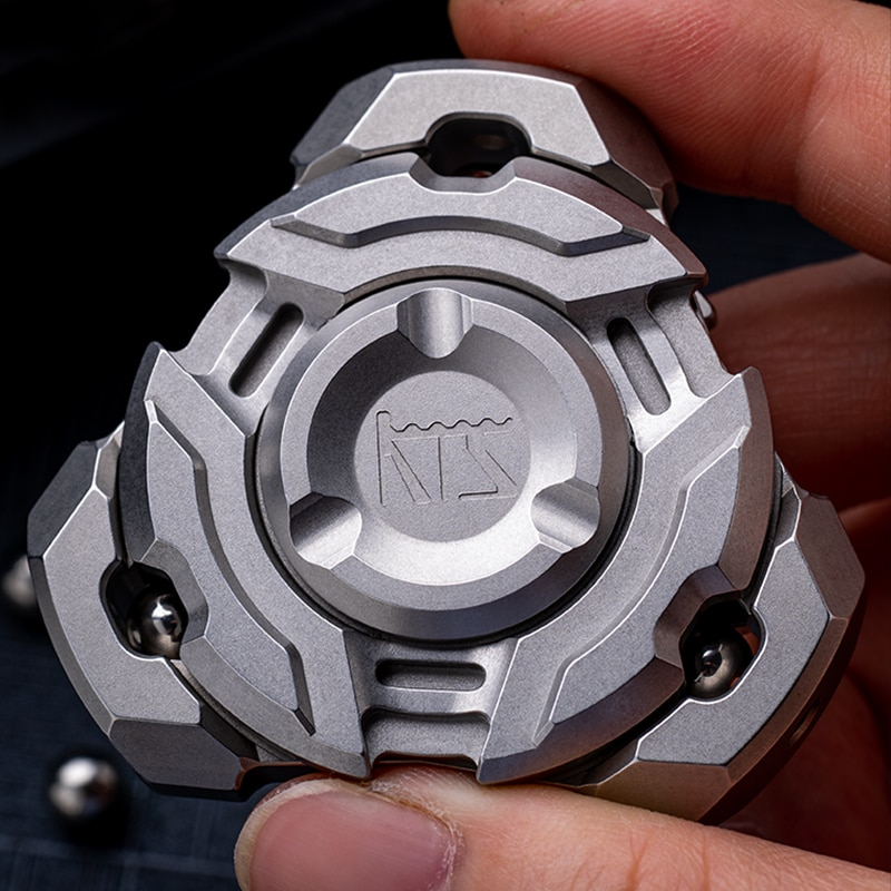 Finger Play Asura Composite Linkage Fingertip Gyro KTS Unknown Mortise and Mortise Three-Leaf Titanium Alloy Decompression Toy enlarge