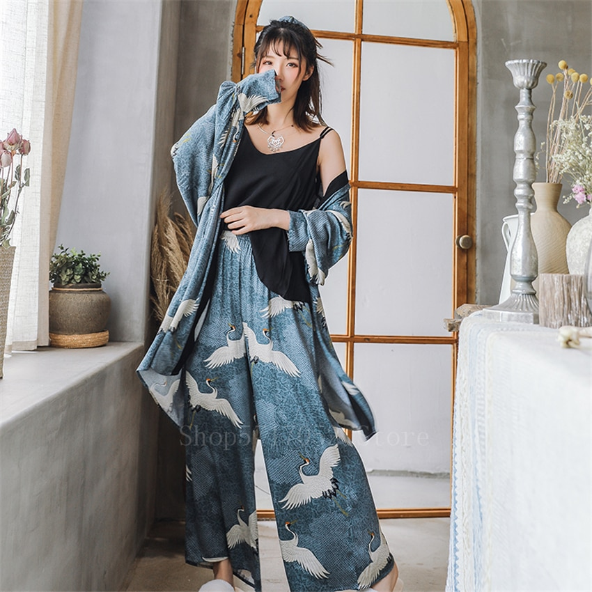 Ukiyo-e ثوب الكيمونو الياباني المرأة كرين Vinatge يوكاتا 3 قطعة معطف + بلوزات + السراويل منامة دعوى Haori الساموراي Harajuku الملابس الآسيوية