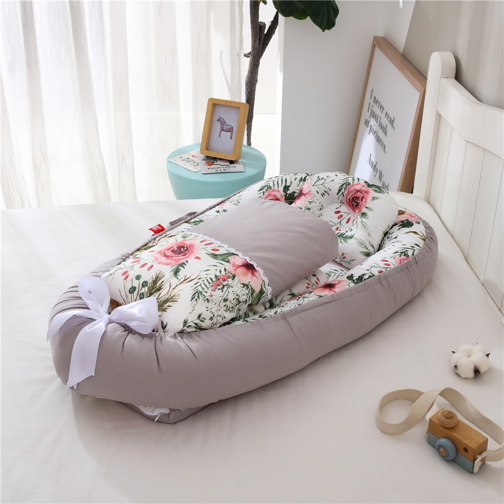 Portable Winter Warm Baby Crib with Quilt Blanket Travel Bed Infant Cotton Crib for Newborn Babynest Bed Bassinet Bumper