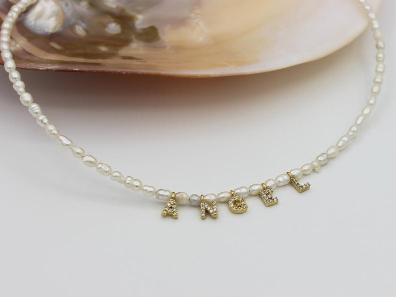 Ожерелье с жемчугом и надписью на заказ