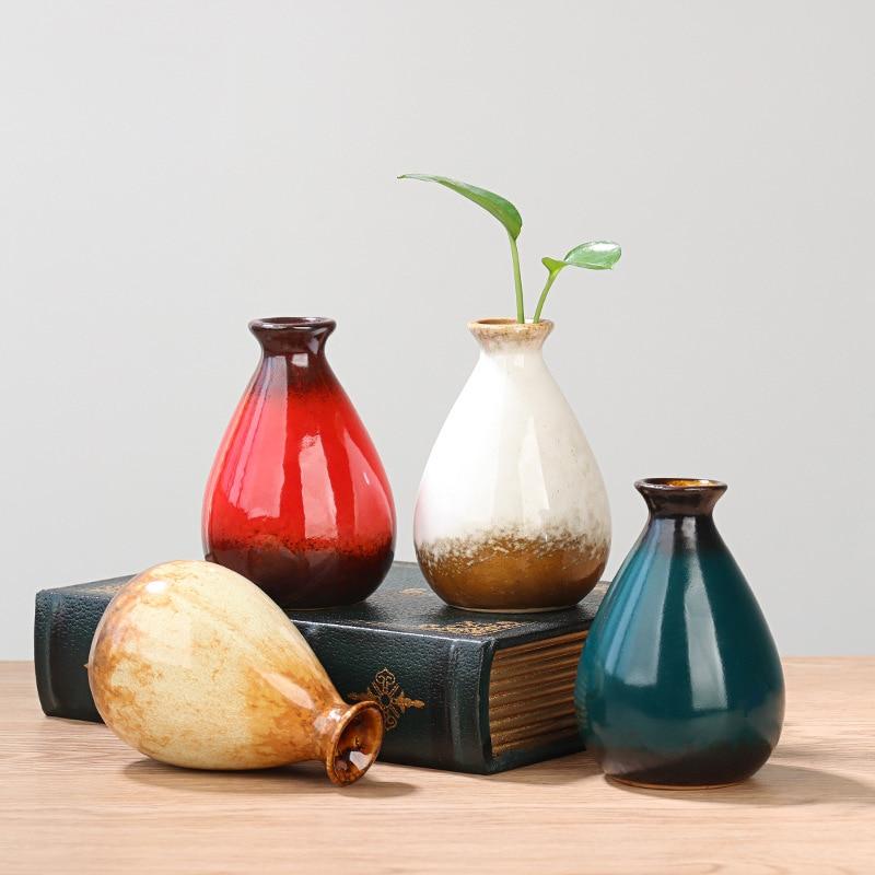 Nuevo moderno pintado a mano jarrón Mini cerámica Decoración de casa balcón hidropónico decoración flor florero de la botella de la flor