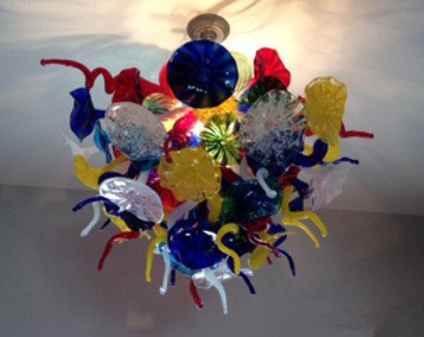 Lámpara de araña de vidrio soplado de lujo estilo Chihuly nueva pequeña mejor obra maestra iluminación de salón de vidrio soplado luces