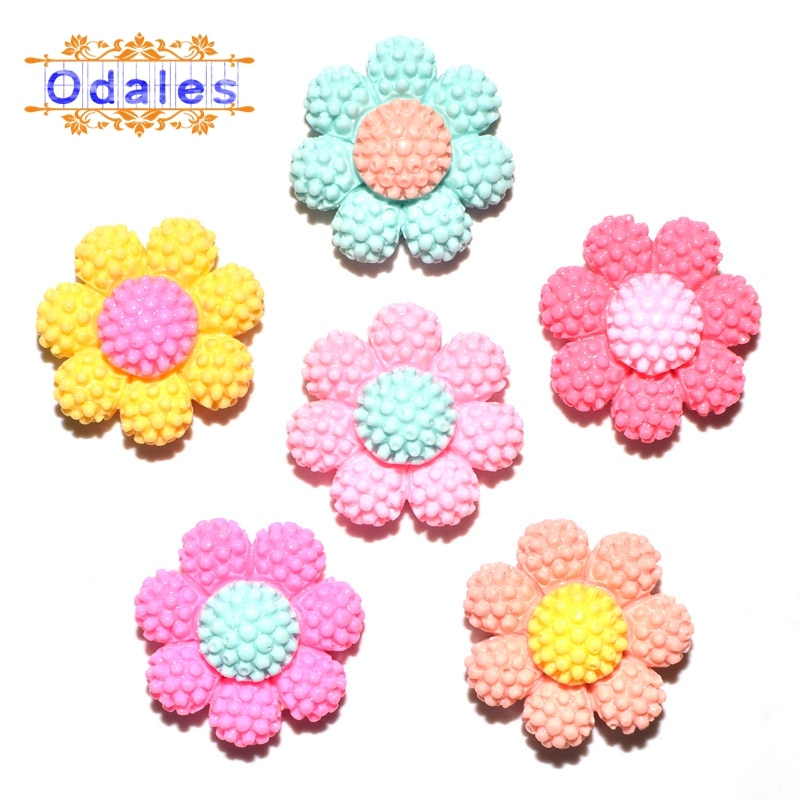 32 unids/lote lindo girasol 3D cabujones cinco pétalos flor boda decoración resina Planar bebé niña horquilla Adorno