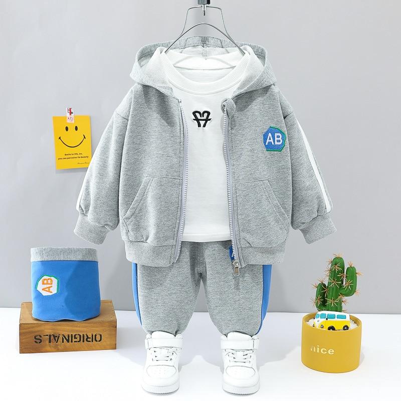2021 детская одежда оптом Осенняя одежда для мальчиков международная торговля Детский костюм модная спортивная одежда костюм из трех предме...