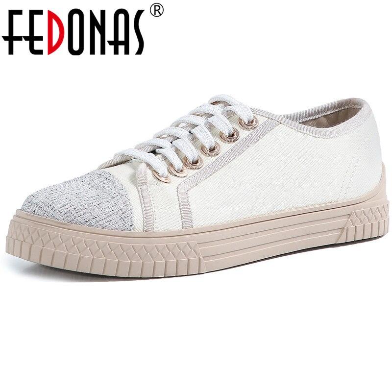 FEDONAS الصليب تعادل النساء أحذية رياضية موضة الحلو بلات شكل المرأة حذاء مسطح رائجة البيع جولة تو عادية الاحذية الأساسية امرأة