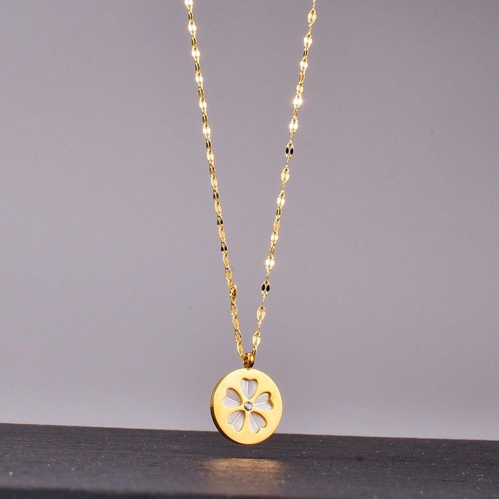Amaiyllis 18K الذهب موضة زهرة القلائد قلادة الأبيض قذيفة سلسلة قصيرة تصل إلى عظمة الترقوة المعلقات قلادة لمحبي المجوهرات هدية