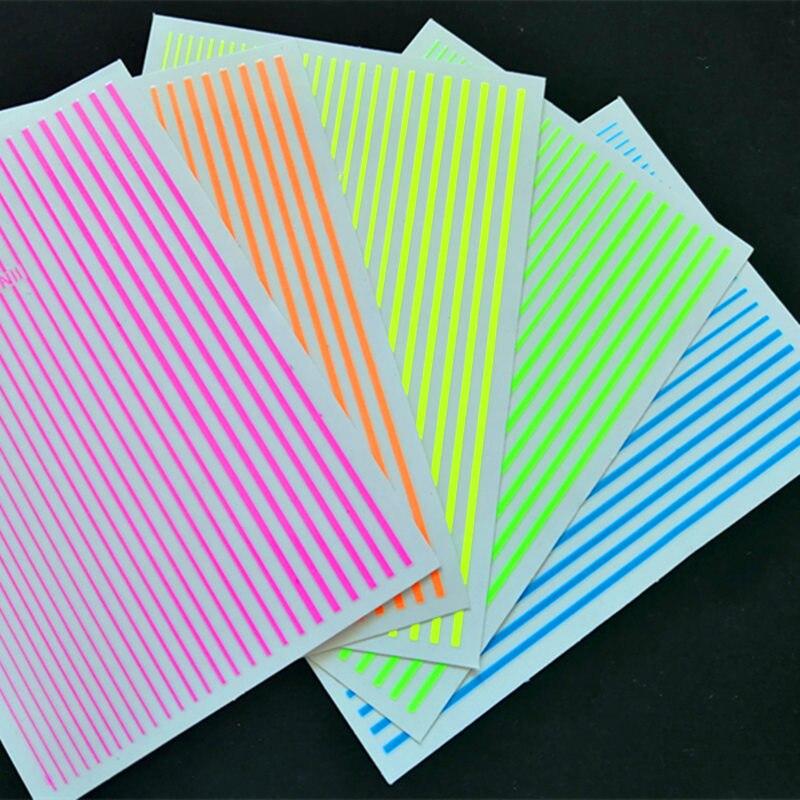 1PC adesivo fluorescente 3D linee a strisce Curve adesivi per unghie striscia adesiva rubinetto ornamenti strumento per nail art accessori per Manicure