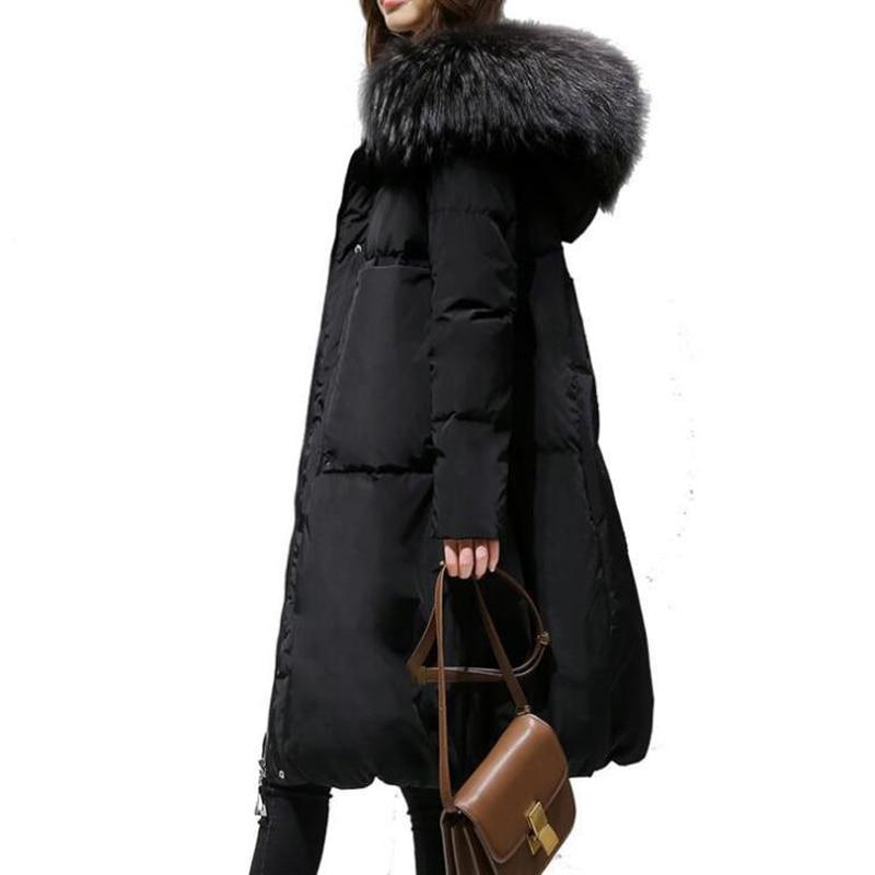 Новый осень-зима для женщин большой енотовый мех, джинсовая куртка с капюшоном теплая куртка Женская средней длины Sustans верхней одежды с хло...