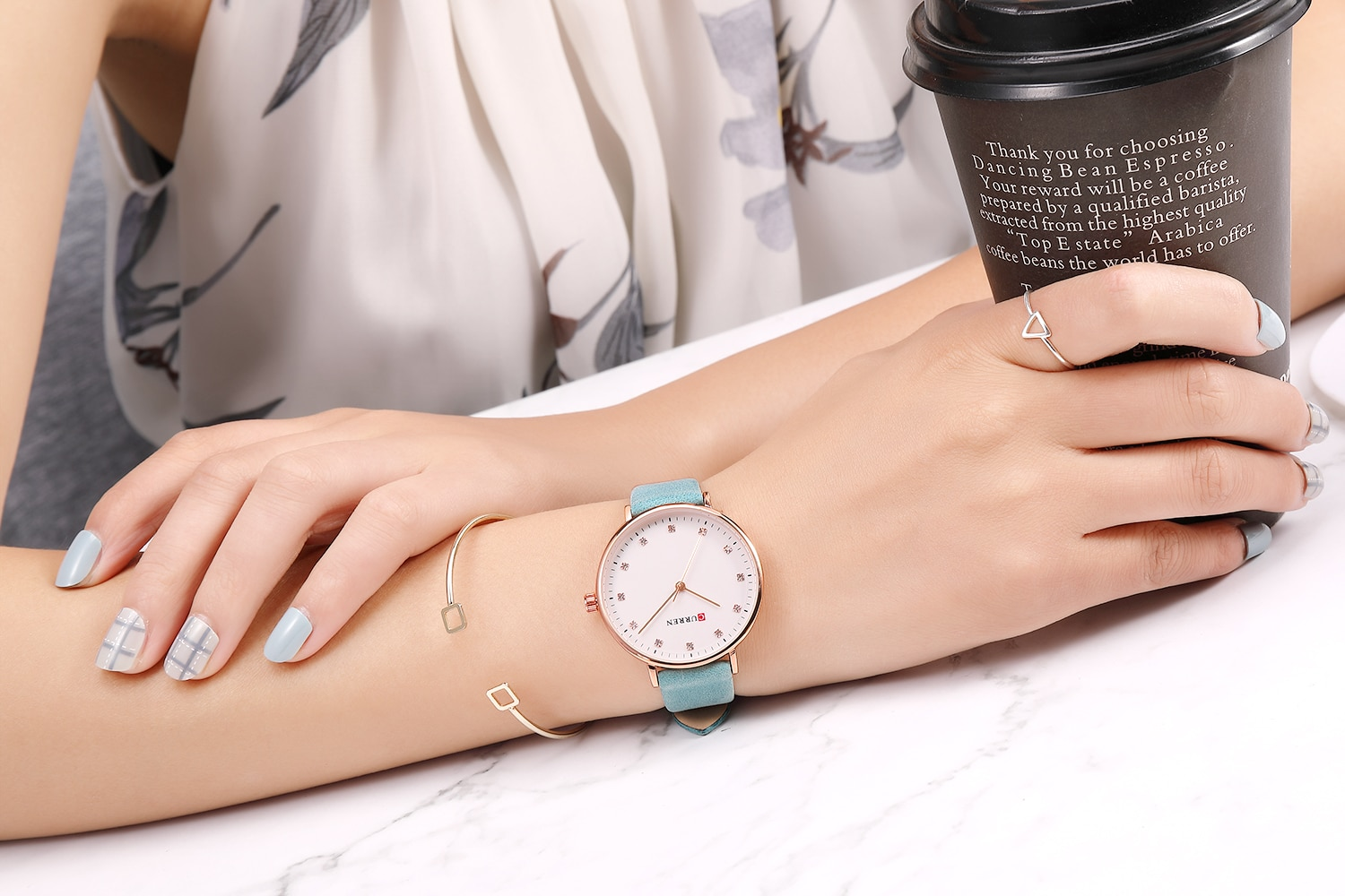 CURREN Female Watch Newest Ladies Wristwatch Rhinestone Creative Design Women Watches Trendy Leather Band Waterproof Reloj Mujer enlarge