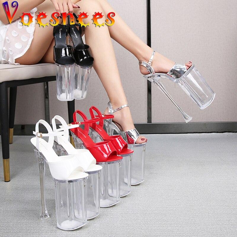 Sapatos de Dança Voesnees Novo Super Salto Alto 26cm Brilho Sandálias Mulher Verão Claro Plataforma Stiletto Sapatos Femininos Passarela Pólo 2021