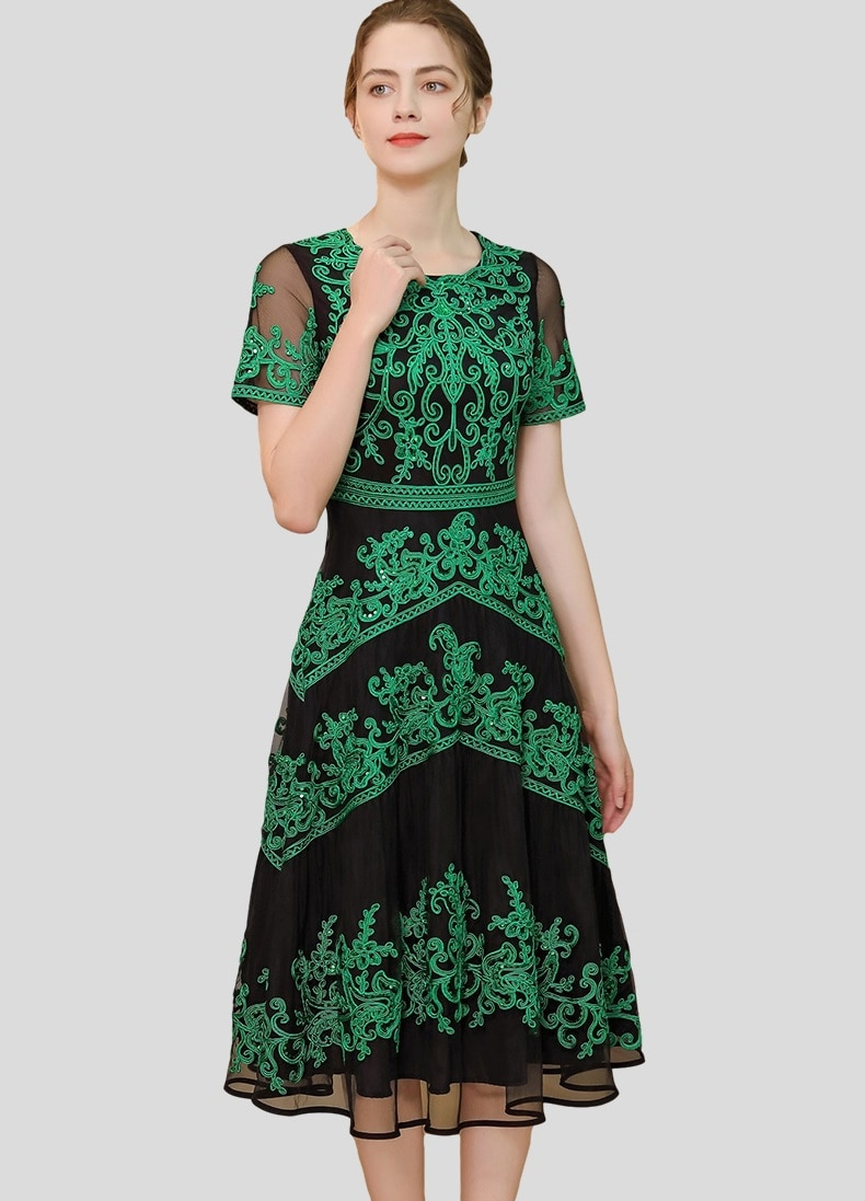 Plus Size Clothing 2021 Summer 1950s Style Women O-Neck Allover Appliques Embroidery Sexy Tulle Mesh Patchwork Red Green Dress