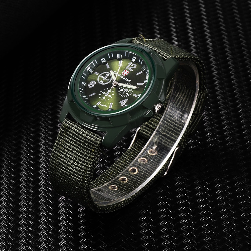 Hot selling European and American fashion sports watches Outdoor trendy men's canvas watches enlarge