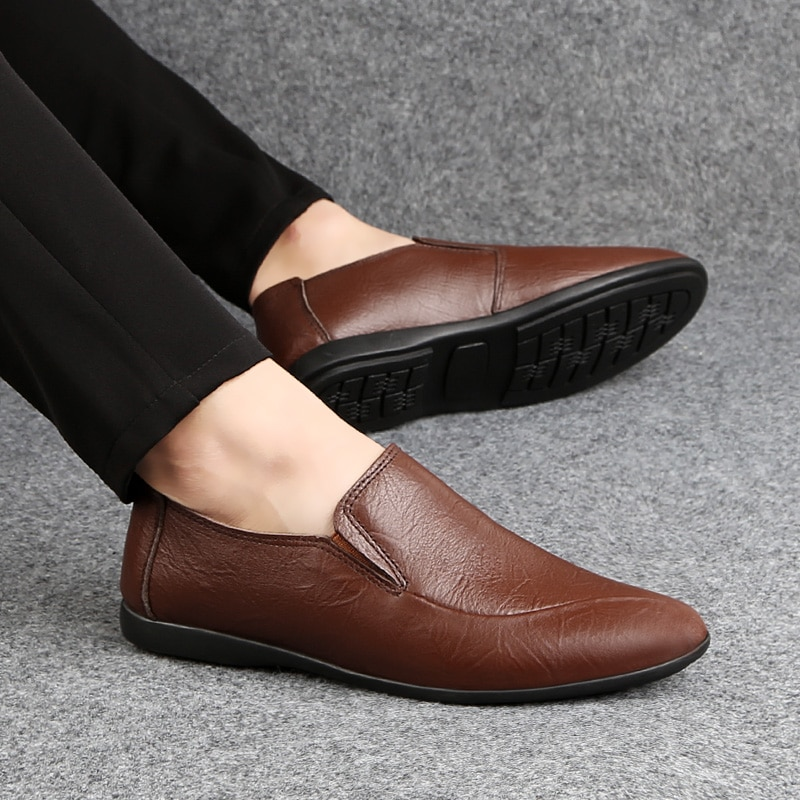 2021 Fashion Men's Shoes Casual Genuine Leather Soft Loafers Male Brown Black Comfortable Slip On Shoe Man Driving Shoes For Men