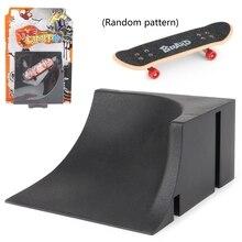 Griffbrett Schiene Park Treppen Kit Treppen Mini Skateboards für Kinder Skateboard Spiel Q6PD