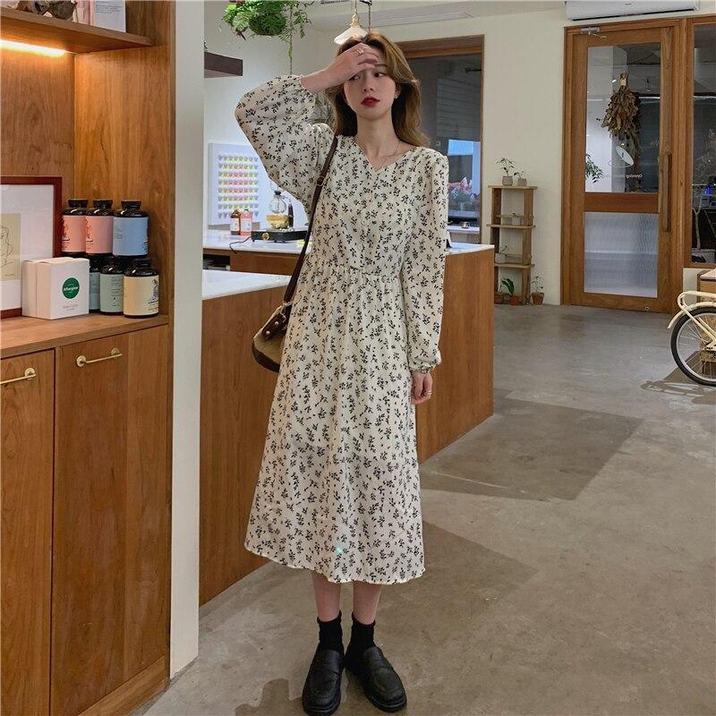 فستان حمل شيفون حريري ، فستان حمل زهري ، أكمام فانوس صغيرة ، حزام خصر قابل للتعديل ، ياقة على شكل V ، ملابس حمل