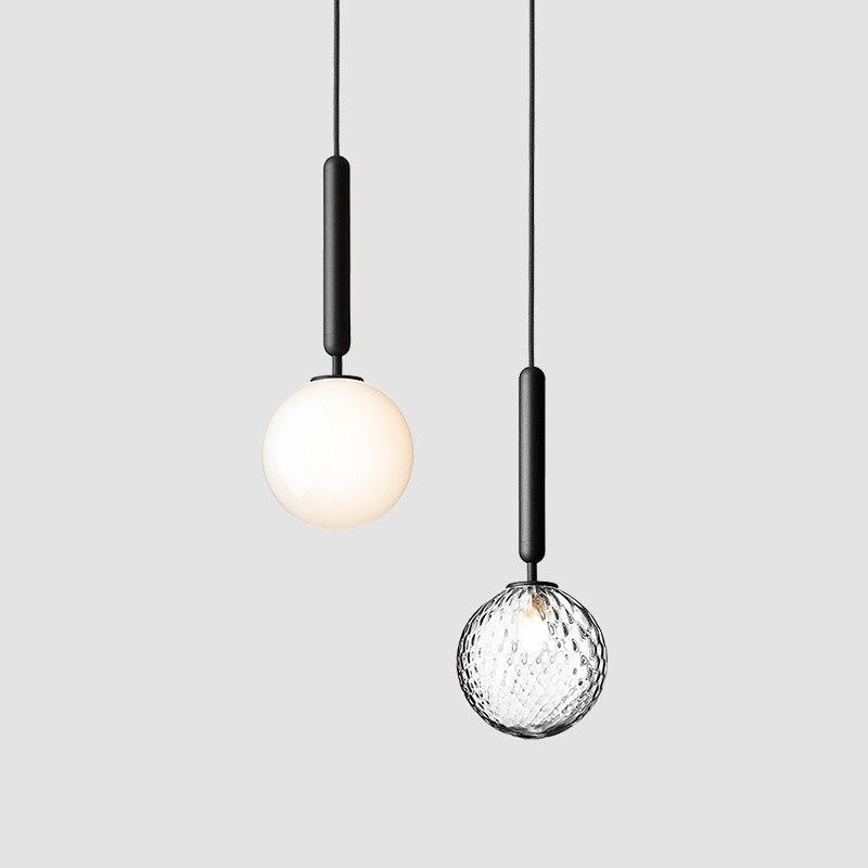 Lámpara colgante de bola de cristal Led de lujo de estilo nórdico Ins, Lámpara decorativa negra dorada para dormitorio, lámpara colgante Individual moderna para dormitorio