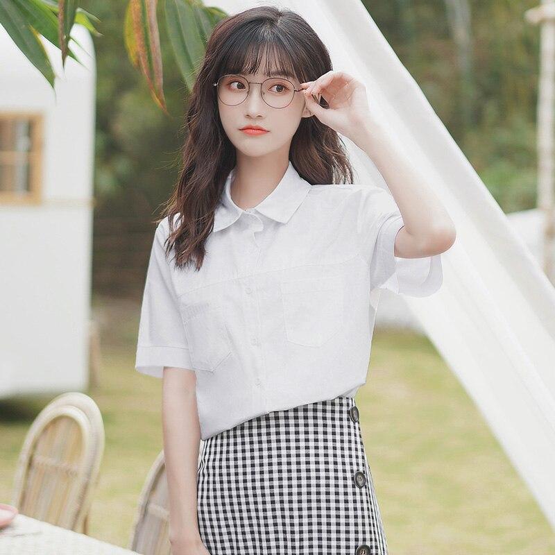 شيك كاكي صيف 2020 جديد بلون قميص المرأة قصيرة الأكمام الكورية نمط فضفاض طالب قميص أبيض الأعمال الملابس الأعلى