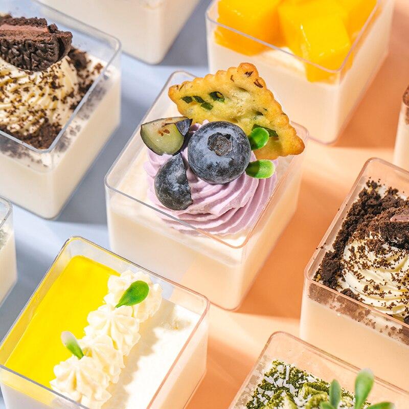 50 قطعة عالية الجودة المتاح كوب حلوى البودنغ الخبز قالب مربع موس هلام تيراميسو أكواب بلاستيكية صلبة شفافة لوازم الحفلات