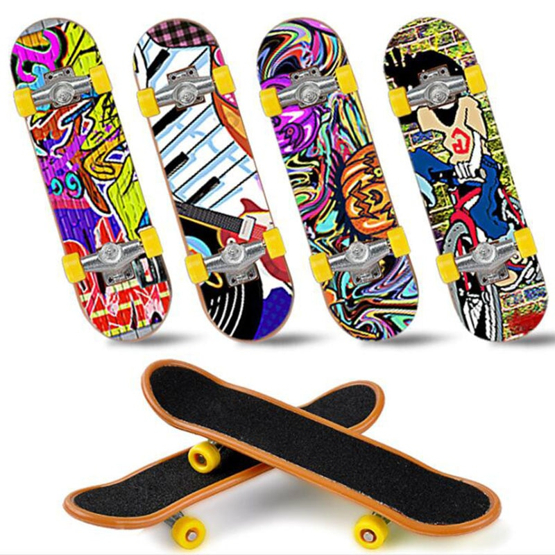 1PC 1pcs Fingerboard Mini Finger Skateboard Plastic Skate Scooter Throwbacks Original Boys Toy