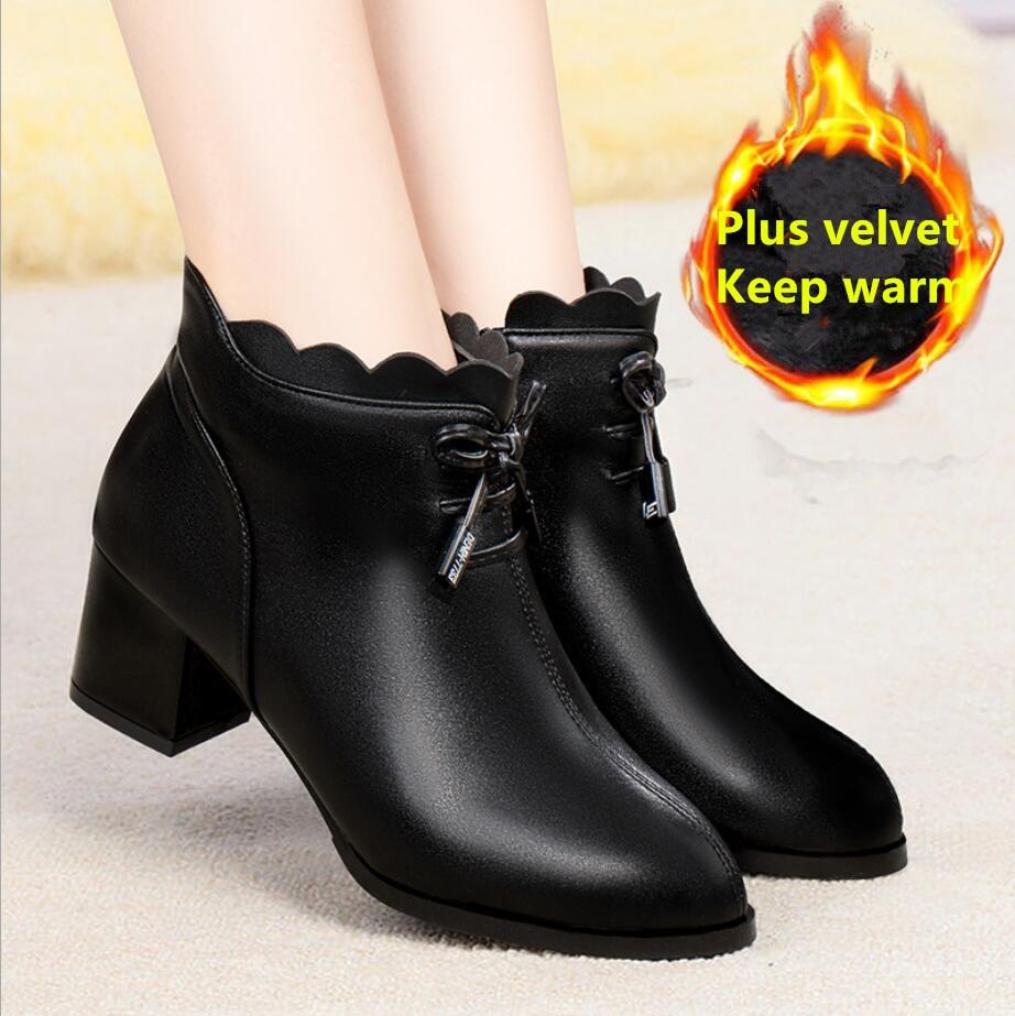 DM567Plus, tamaño 43, botas para mujer, Invierno 2020, cremallera lateral, botas Martin con punta puntiaguda y tacón alto, botas desnudas, botas cálidas de moda