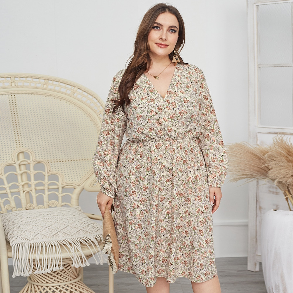 Plus Size Fashion Floral Print Women Dress 2021 New Summer Long Sleeve Chiffon Dress Elegant V Neck