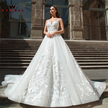 Ball Gown Big Train Sweetheart Wedding Dresses Tulle Lace Appliques Luxury Bridal Gown 2022 New Design Custom Made DS124