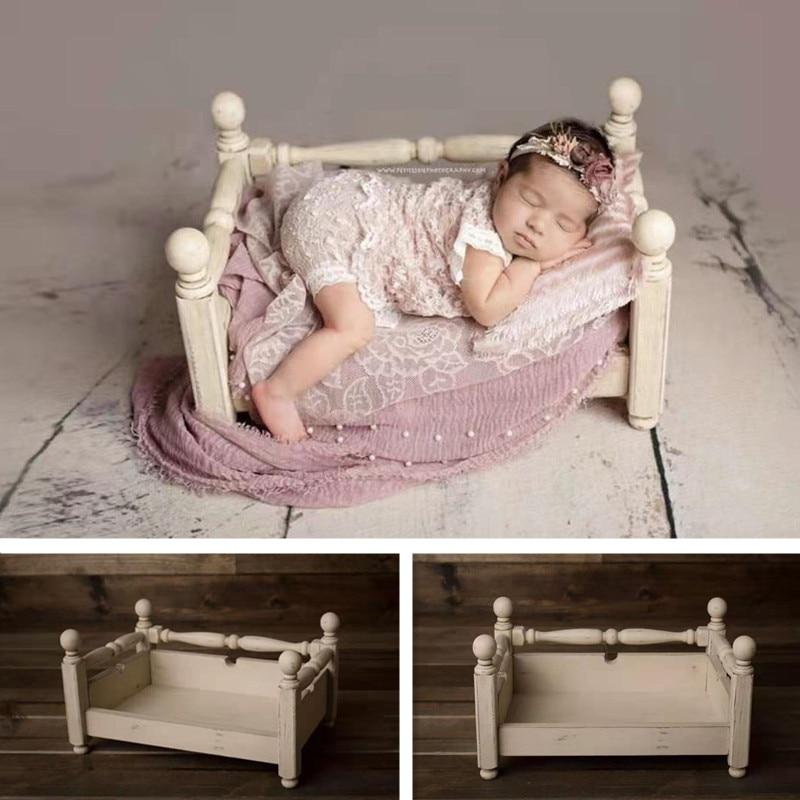 Newborn Photography Props Wood European Syle Retro Bed Baby Boy Girl Posing Sofa Furniture For Studio Photo Shoot Accessoires