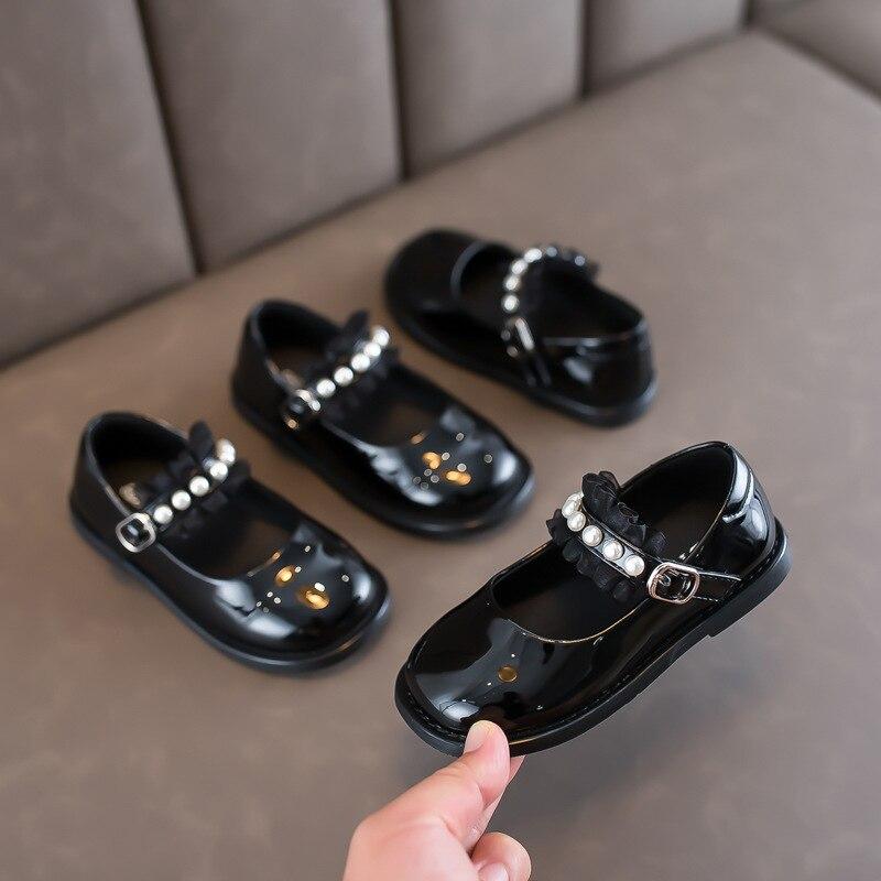 الخريف الفتيات أحذية من الجلد اللؤلؤ الأميرة الأحذية طالب أسود أحذية الرقص أحذية الأطفال