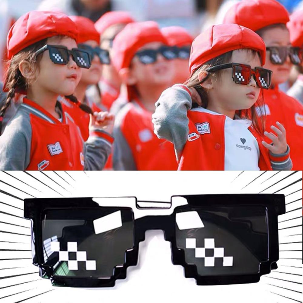 Универсальные пластиковые аниме двухрядные мозаичные пиксельные полосатые солнцезащитные очки игрушка-трюк забавная игрушка