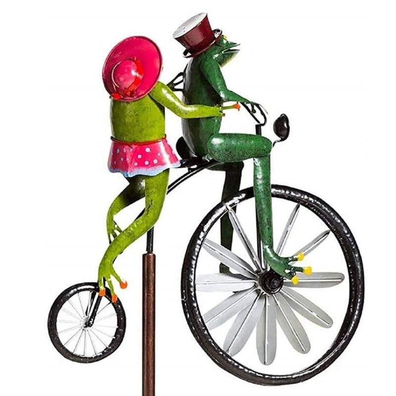 الحديد المطاوع الضفدع ركوب دراجة الرياح الدوار مع الدائمة قضيب الحيوان الديكور