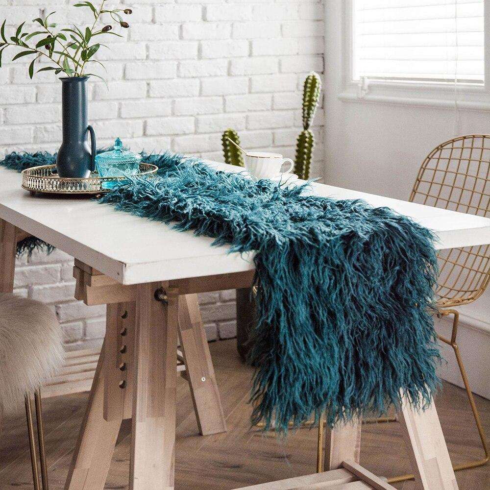 Camino de mesa de lana de lujo europeo, decoración rosa peludo de pelo largo, corredores de mesa de comedor artificiales elegantes de imitación para decoración del hogar