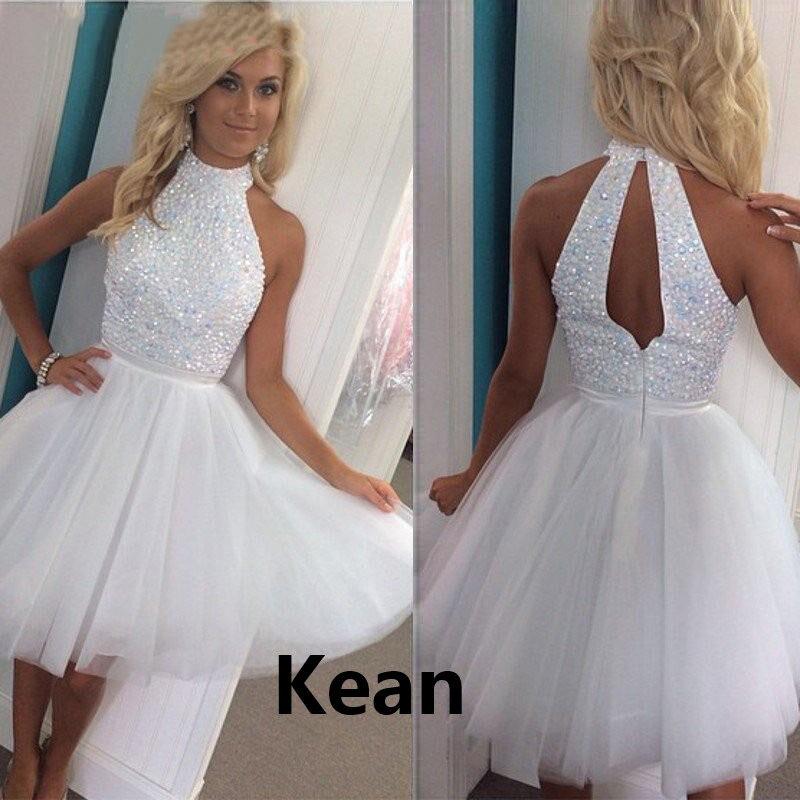 فستان كوكتيل عاجي أبيض ، ياقة رسن ، خط رقبة رسن ، فوق الركبة ، ملابس سهرة أنيقة