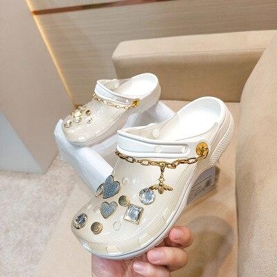 Summer Garden slippers women Non-Slip Porous blingbling Shoes Female Casual Slipper crystal Breathable woman Beach Shoes Sandals