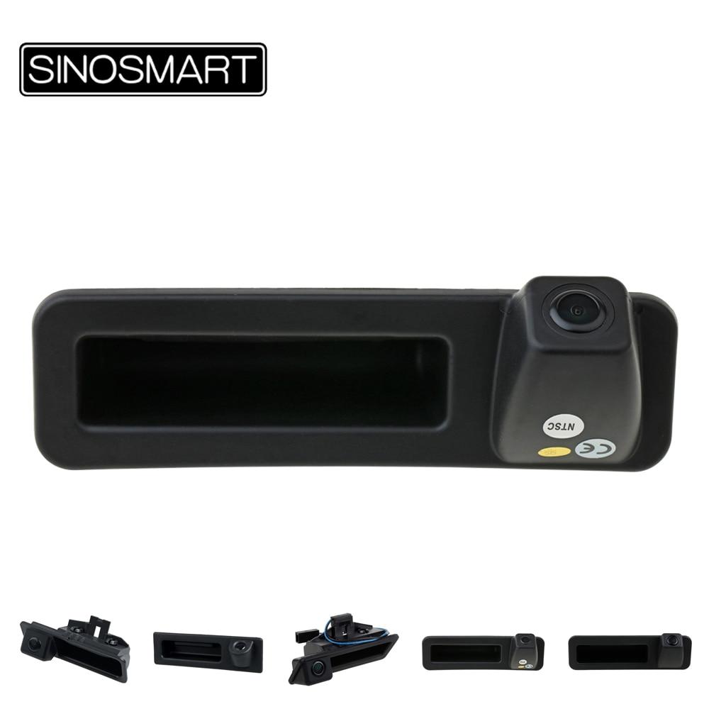 SINOSMART في المخزون سيارة الجذع مقبض الرؤية الخلفية وقوف السيارات عكس الكاميرا لسيارات BMW X1 X3 X5 320 335 520 530 535 2010 إلى 2018