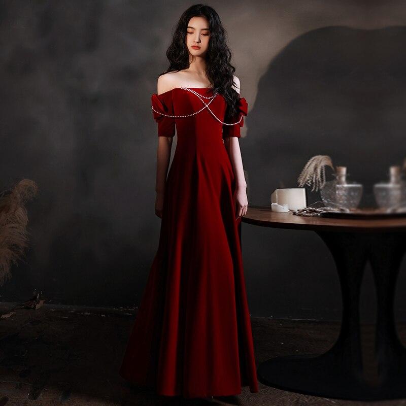 Ретро Красный бархат романтичное свадебное платье с вырезом «лодочка с жемчужинами и перфорированным бантом цепи Обручение платье с трапе...