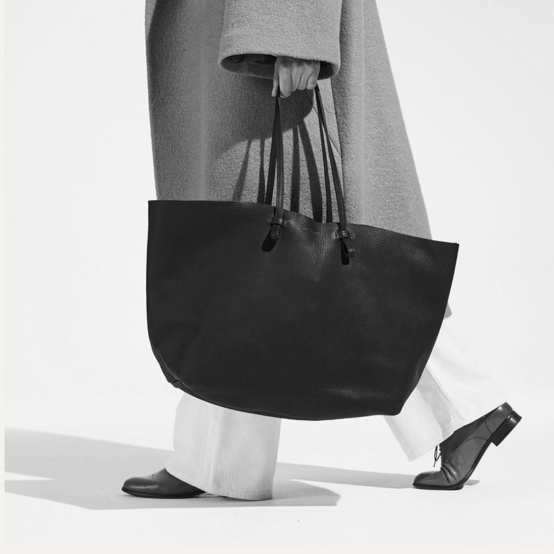 حقيبة تسوق كلاسيكية غير رسمية جديدة لعام 2021 حقيبة يد كبيرة مصممة على الموضة حقيبة نسائية عالية الجودة حقيبة نسائية كبيرة للديكور