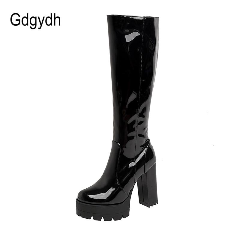 Gdgydh-حذاء طويل بنعل سميك من الجلد اللامع للنساء ، على الطراز القوطي ، أسود وأبيض ، كعب مربع ، بطول الركبة ، مع سحاب ، نوعية جيدة