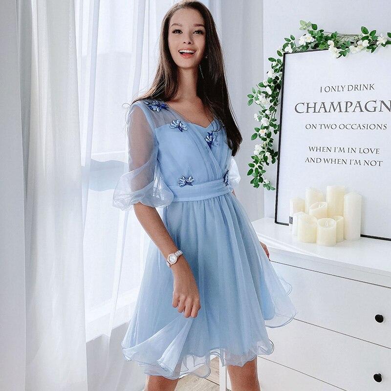 Dabuwawa Süße Appliques Mesh Laterne Hülse Kleid Frauen Hohe Taille V-ausschnitt Chic Fit und Flare Floral Kleider Weibliche D18ADR035