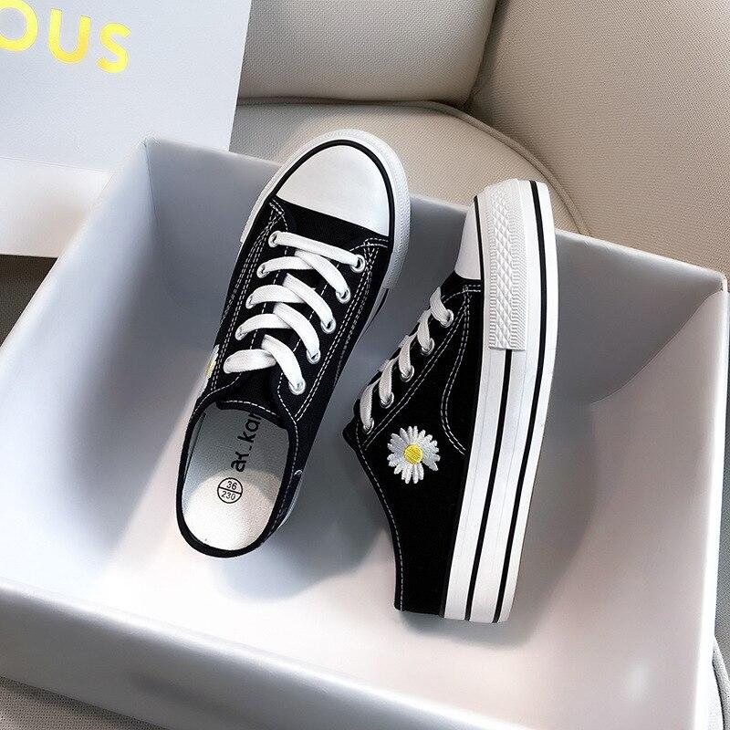 Sapatos de Lona Verão Clássico Casual Semi Chinelos Feminino Elegante Estudante Sapatos Coreano All-matching Heelless Lazybonesshoes 2021