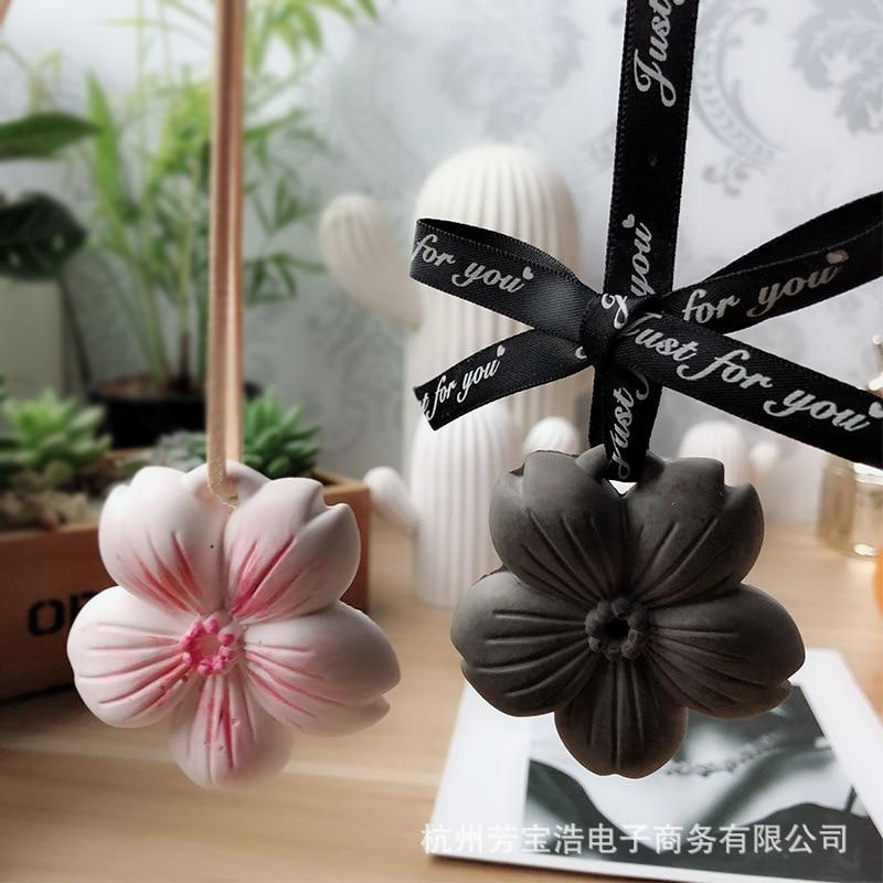 Molde de silicona de flor de cerezo COLGANTE DIFUSOR de coche DIY Aroma Gypsum molde de Chocolate