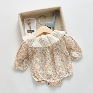 Baby autumn clothes, long-sleeved romper, Korean version, foreign style, lotus leaf collar, floral bag, fart, one-piece, romper