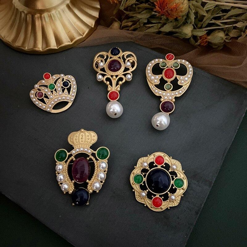 2020 venta directa de aleación de estaño esmalte Pin nuevo estilo occidental corte Retro mate perla Color broche francés Simple y lujoso Pin