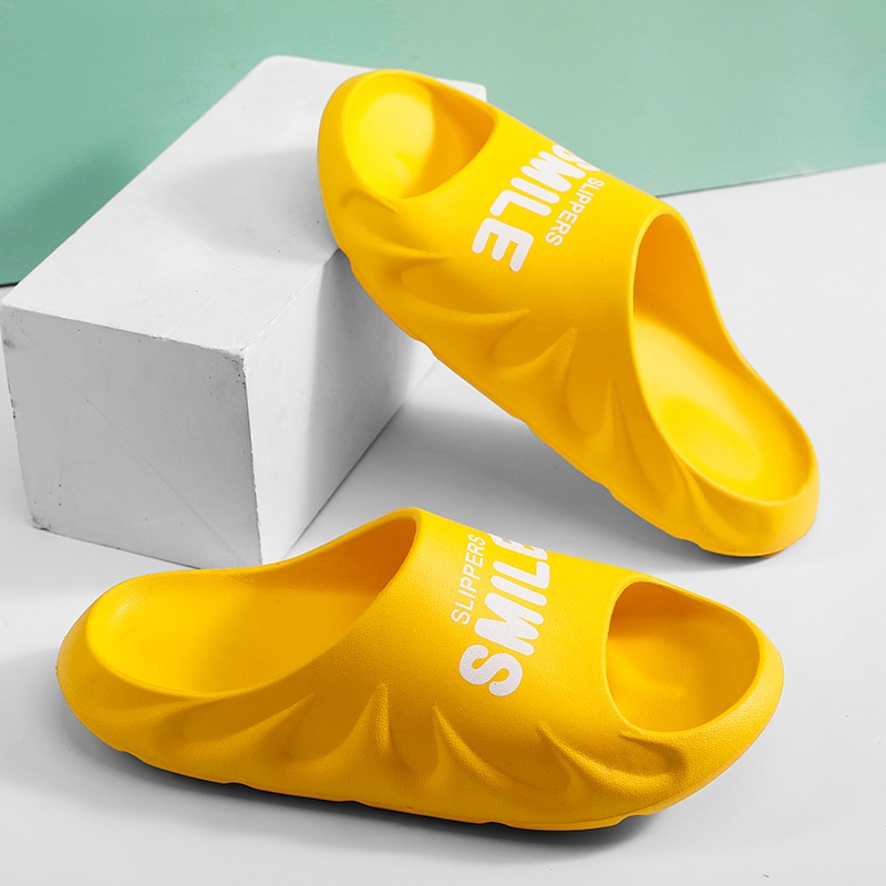 Men's Women's Indoor Slippers 2021 Summer Beach Sandals Eva Soft-Sole Couple Slippers Casual Female Bathroom Anti-Slip Slippers