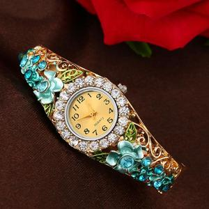 Watch For Women Stylish Women Watches Women Quartz Luxury Crystal Flower Bracelet Watch Regarder Relogio Feminino Frauenuhr
