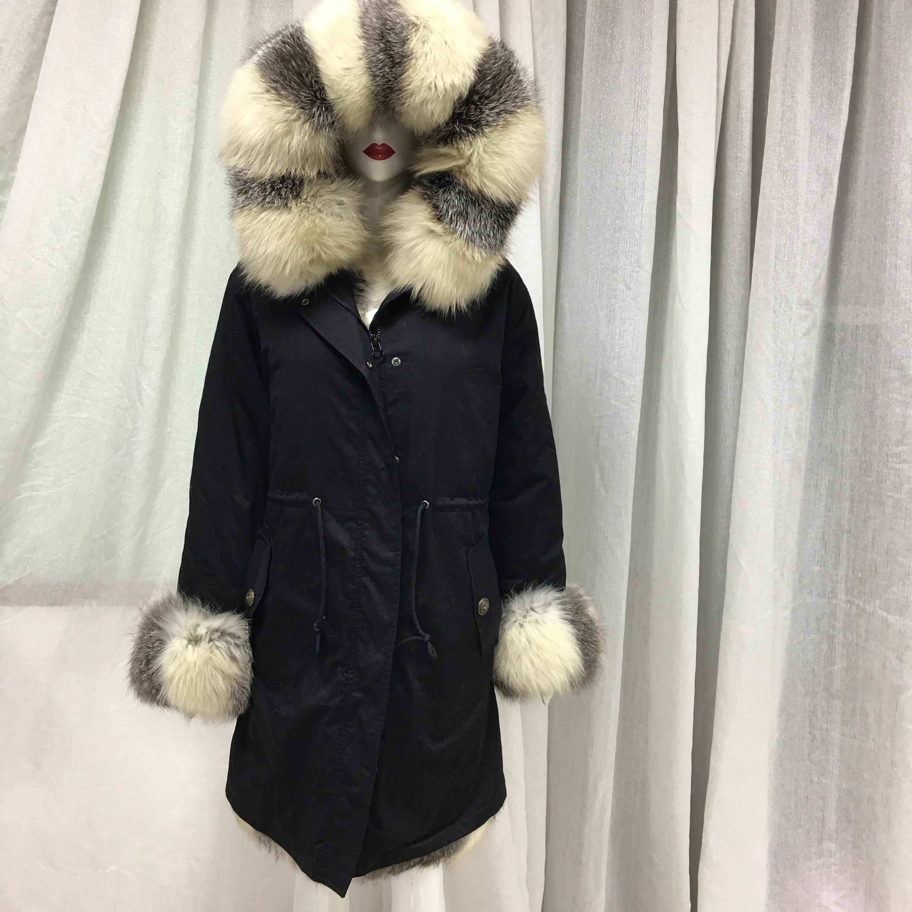 Moda agradable negro blanco rayas Real de los hombres de piel de zorro frente brazalete Collar largo negro chaqueta de invierno