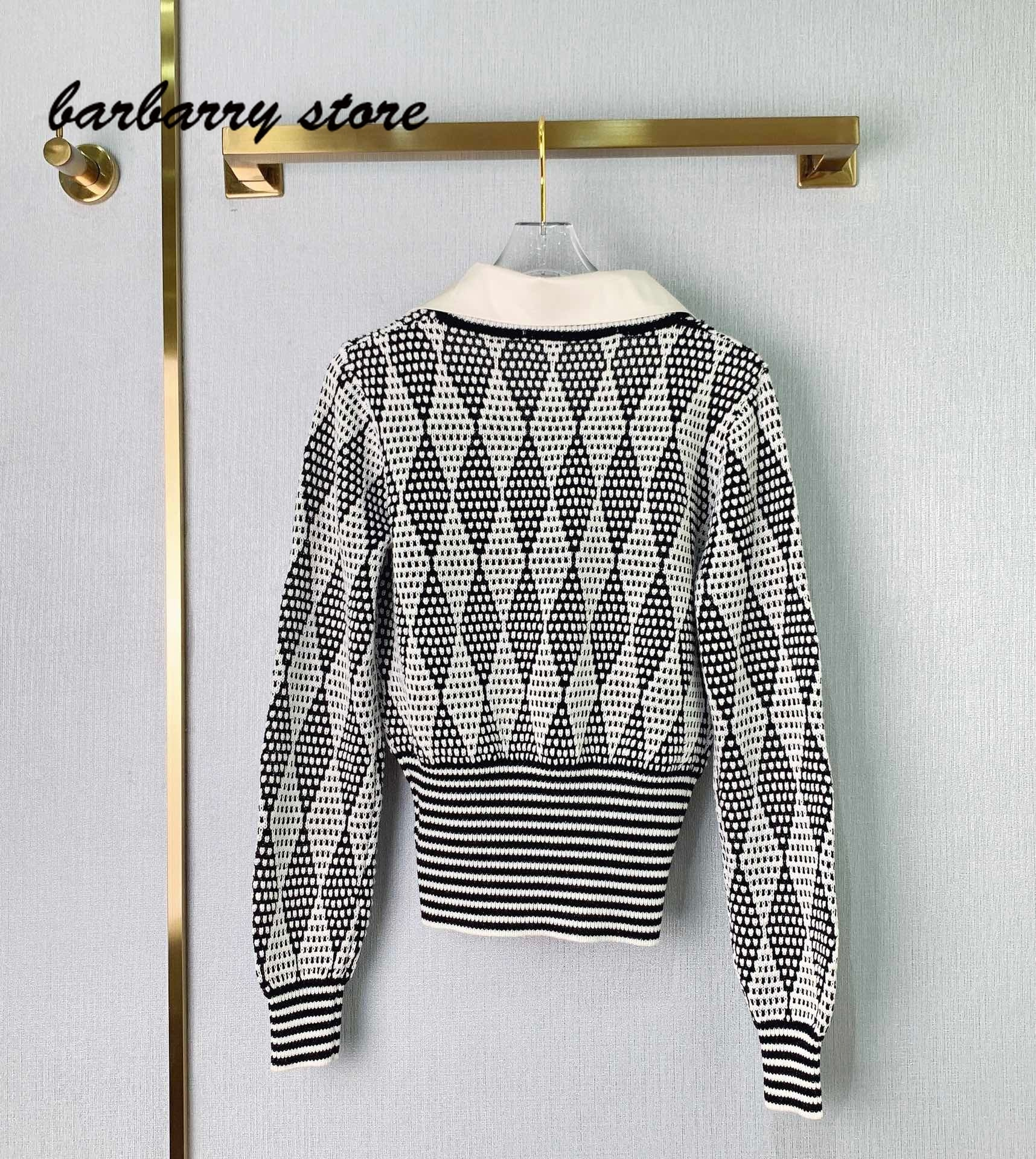 2021 luxury design high-end retro Plaid fashion long sleeve female V-neck Pullover temperament versatile Lapel slim knit sweater enlarge