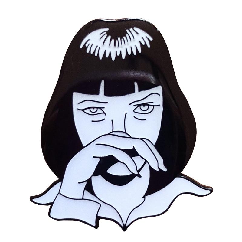 Broche esmalte Mia Wallace Pulp Fiction película pin divertido pop cultura insignia 90s grunge regalo de cumpleaños