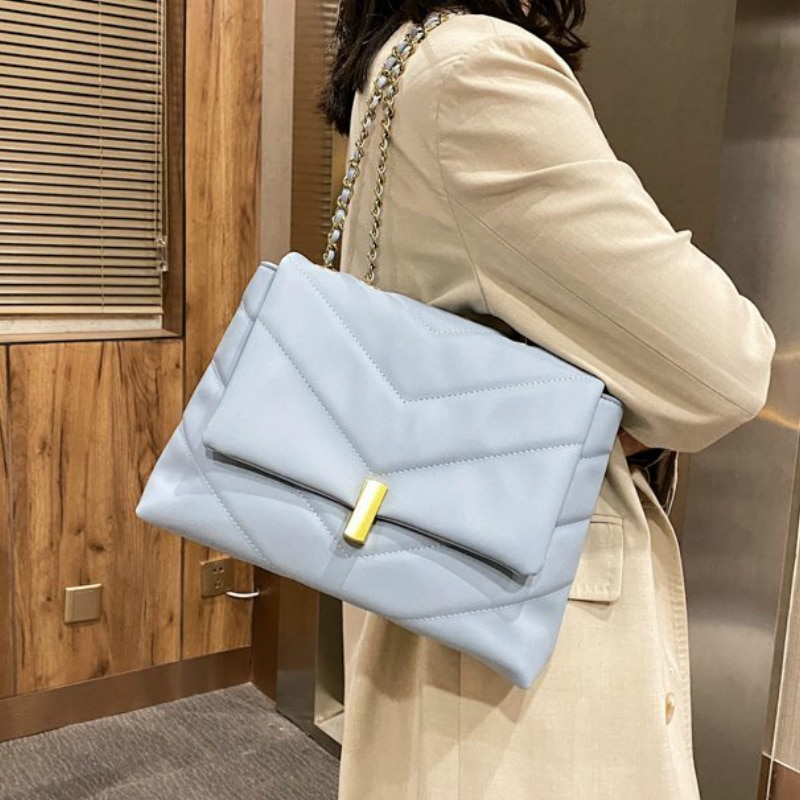 V-line Chain Black Crossbody Bag for Women 2021 Fashion Sac A Main Female Shoulder Bag Female Handbags and Purses