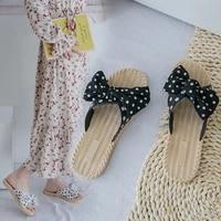 2021 new spring and summer season cool slippers women wear anti slip fashion korean butterfly net red womens slippers