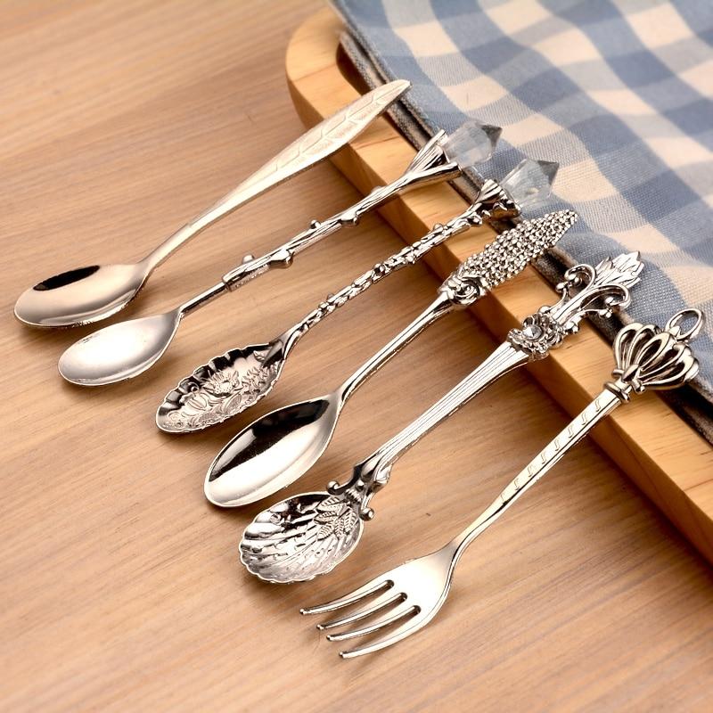 Colheres de cozinha vintage garfo estilo real metal esculpido mini colheres de café frutas prikkers sobremesa garfo